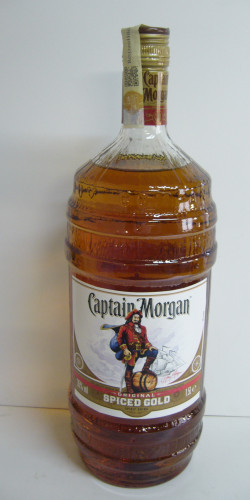 Captain Morgan rum 1,5L 650,-